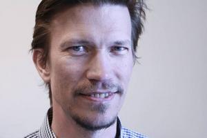 Martin Alfredsson är utbildad etnolog. Men nu är det te som gäller för hela slanten.