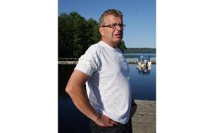 -- Ålarna är fortfarande ett mysterium, säger Ulf Ljusteräng, som är mån om att rädda den utrotningshotade arten.