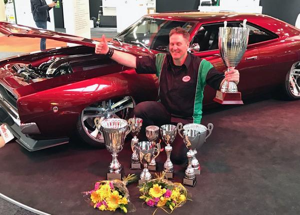 Johan Eriksson vann åtta priser med sin Dodge under Elmiamässan