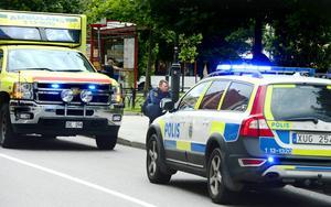 Två kvinnor föll ihop mitt på blanka dagen i centrala Sundsvall i går – efter att ha rökt en livsfarlig blandning av spice.