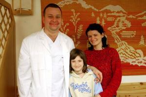 Adam Chetnik, dotterns Susann och Iza Kemona-Chetnik har flyttat till Sveg från Polen.