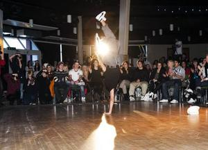 NUMMER TVÅ. Breakdance gick hem hos juryn och Ceasar och Stefan dansade hem andra platsen i årets Talangjakt.