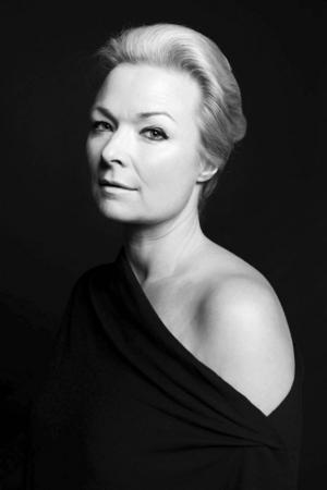 Helle Helle är född 1965 och debuterade 1993 med