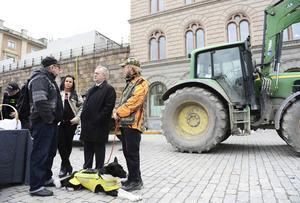 Landsbygdspartiet oberoende, med ordförande Erika Sörengård, uppvaktade Sven-Erik Bucht i april i år.