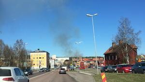 Rök från branden syntes över Falun.