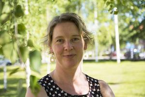 På torsdag kväll får Linda Forss årets Gla'musikstipendium i Hallen.