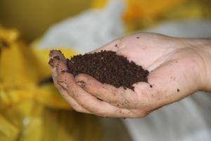 När processen är färdig återstår helt ekologisk gödsel.