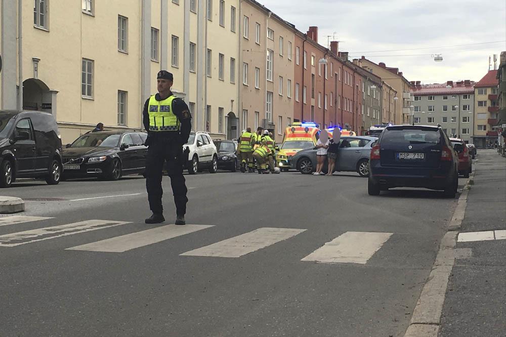 Trafikolycka pa e18 mellan hedgatan och norrplan