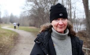 Ewa Minicz, kurator,57 år, Gävle:– Jag är ute och går med min dotters hund tre gånger om dagen. På mitt jobb fick vi tidigare gå och träna en timme under arbetstid. Nu har de tagit bort det, det är jättetråkigt.