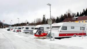 Jormvattnets Fiskecamp har nu fullt hus med 24 gäster som har sina husvagnar uppställda där hela vintern från september/oktober till maj.