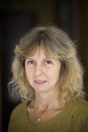 Vem är Wallin? Från och med nu vet ni.  Tidskriften Karavan och dess redaktör Birgitta Wallin får årets Dagermanpris och hamnar därmed i Nobelpristagares sällskap.