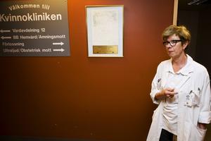 Marju Dahmoun, länsverksamhetschef på kvinnokliniken, har tagit fram en rapport som visar konsekvenserna av en avveckling av en eller två förlossningskliniker i Västernorrland.