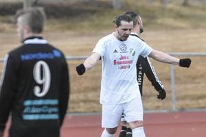 Edib Kurtovic har dundrat in matchavgörande 2–0 i hemmapremiären mot Strömsbergs IF.