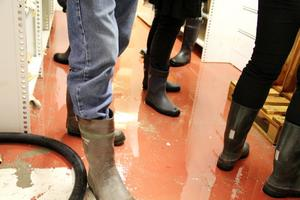 Stoppet i avloppsledningen vid Celsiusskolan ledde till översvämning i delar av Edsbyns museums lokaler. Nu ska ledningen filmas för att om möjligt ge svaret på varför stoppet uppstod.