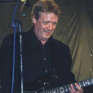 Tillsammans med gitarristen Billy Bremner.