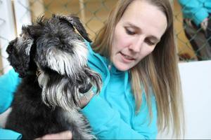 Ann-Sofie Lundmark är en verklig djurvän. Nu tänker hon lösa problemet med tillsyn för nya grupper av husdjursägare.