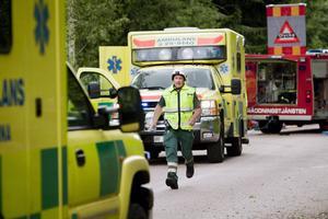 Den svåra olyckan förorsakade stort pådrag med räddningsmanskap från flera kårer och sju ambulanser från olika stationer. Under räddningsarbetet var länsvägen avstängd för all övrig trafik under flera timmar.