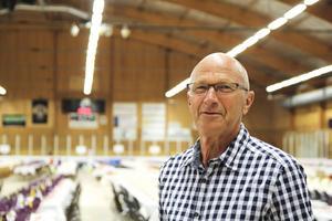 Stig Mellström är på plats och hjälper till.